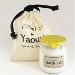 """Bougie p'tit pot de yaourt """"Maîtresse"""""""