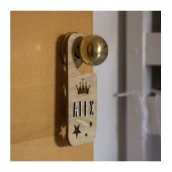 Plaque de porte personnalisable en bois - Couronne